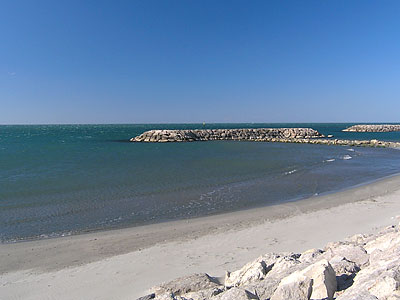 Saintes maries de la mer beach in camargue - Office du tourisme saintes maries de la mer ...